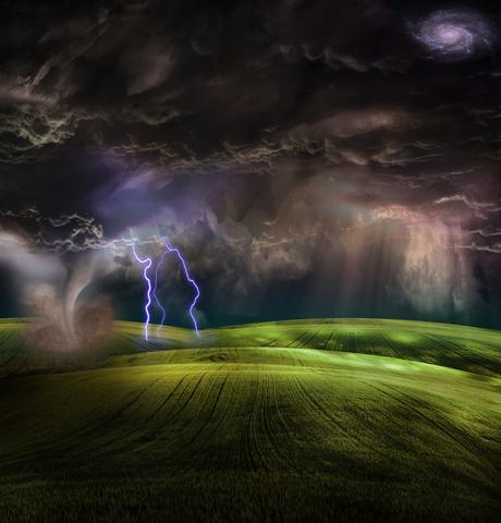 Tornado in stormy landscape  Credit line:  © Rolffimages | Dreamstime.com